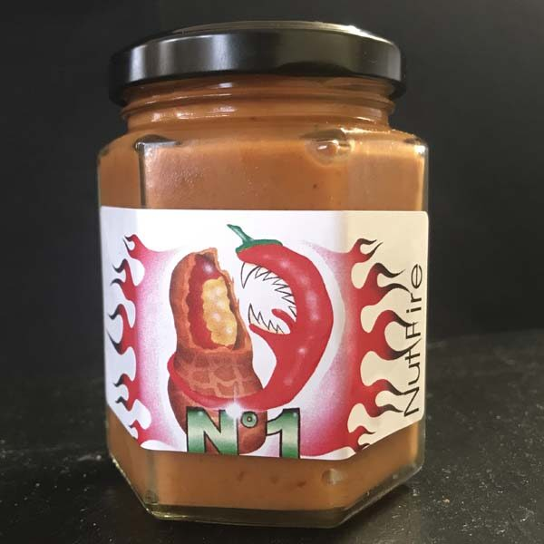 Mit Erdnussbutter und Chili eine «heisse» Buttersauce der besonderen Art.